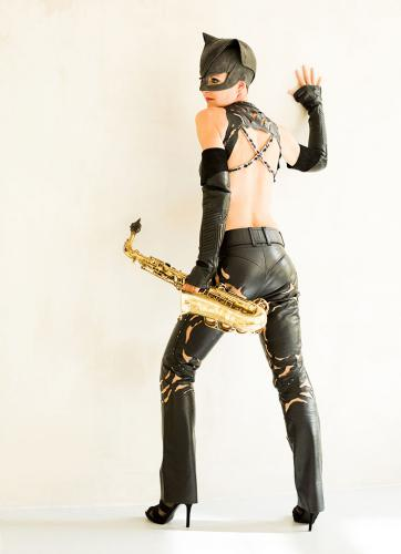 "Ines Weber Miss ""Sax Cat"""